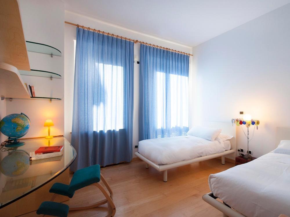 The Prestige 81178 Via Della Spiga Milan World Wide Lux